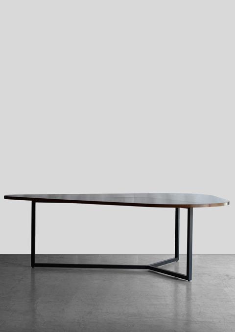 Broad casting big table